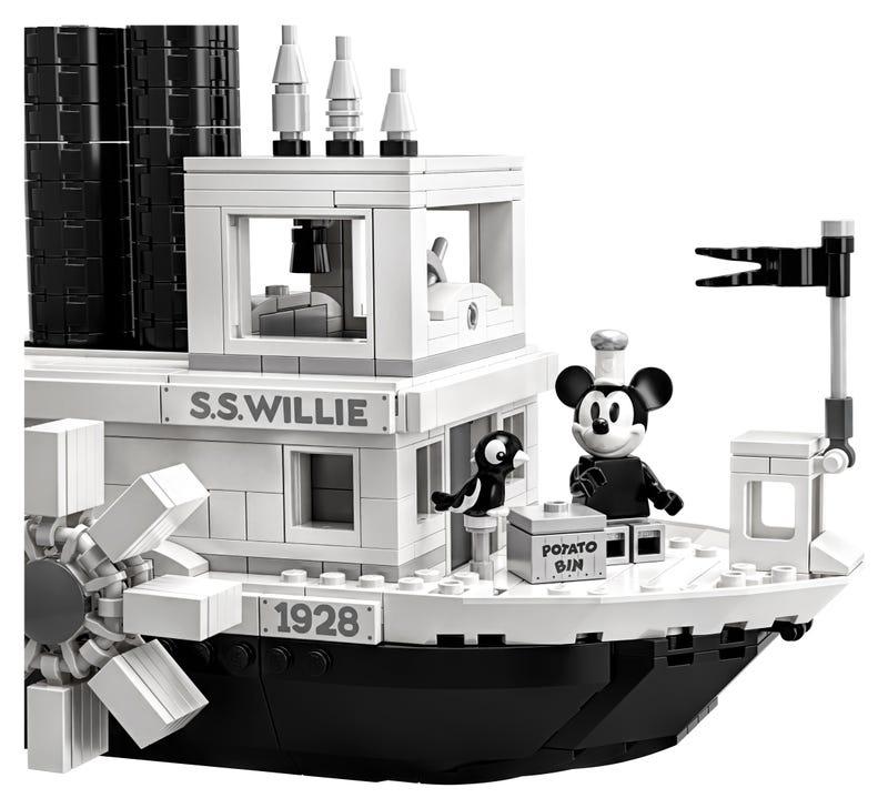 21317 El Botero Willie Lego Ideas review