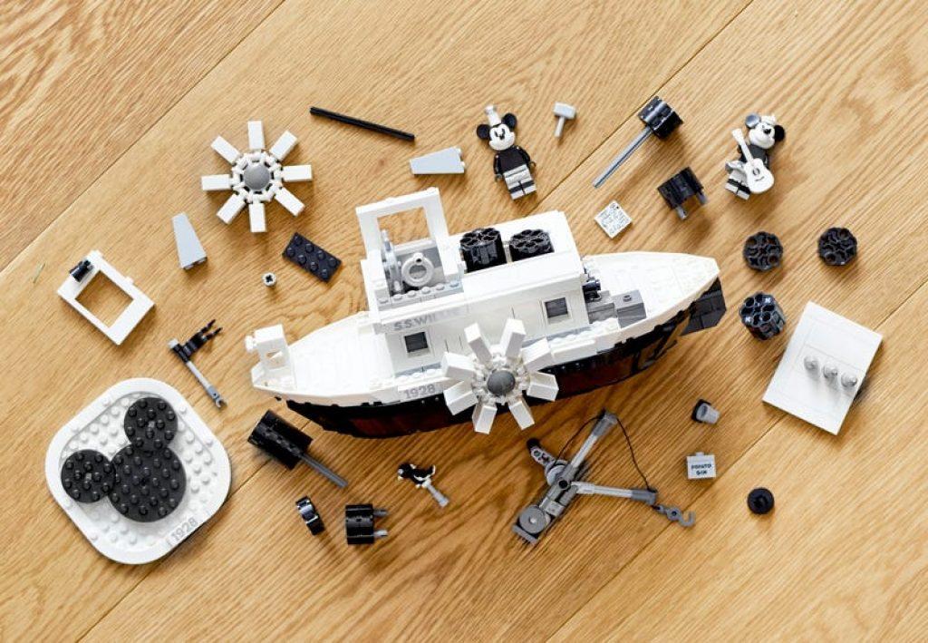 21317 El Botero Willie Lego Ideas set completo