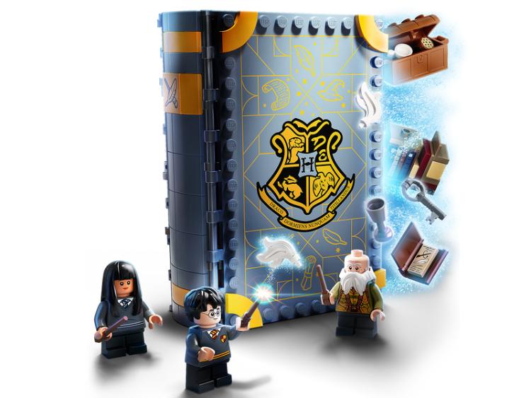 76385 momento hogwarts clase de encantamientos lego harry potter comprar